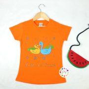 เสื้อยืดเด็กสีส้มปักลายหงส์เป็ด